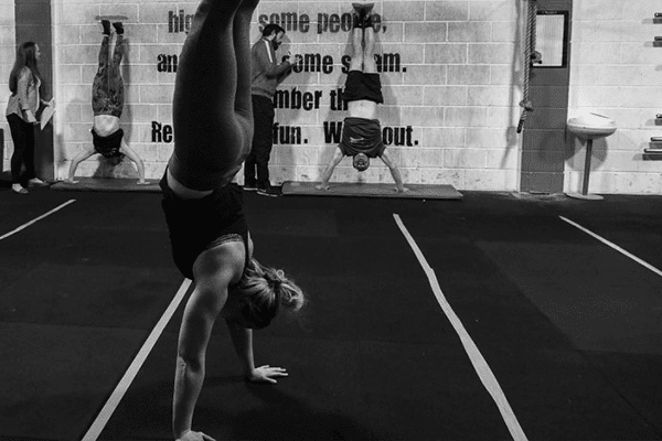 Crossfit Handstand Walking